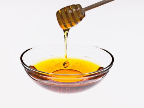 косопадът се лекува успешно с мед